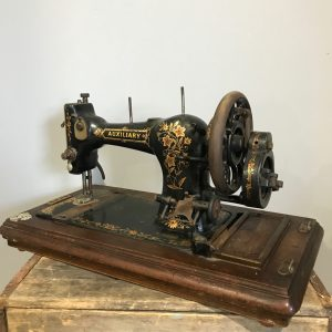 Auxiliary Vintage Hand Crank Sewing Machine