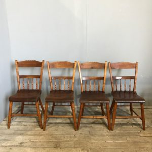 Set Of Traditional Vintage Dining Chairs