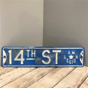 14th Street American Street Sign